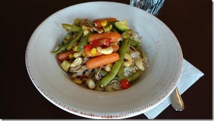 stir fry with cashews and jasmine rice