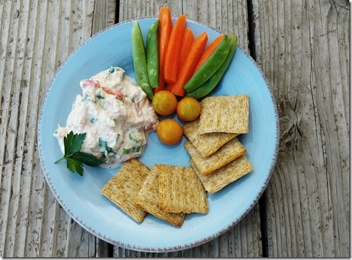 Tuna Mix with Veggies and Crackers